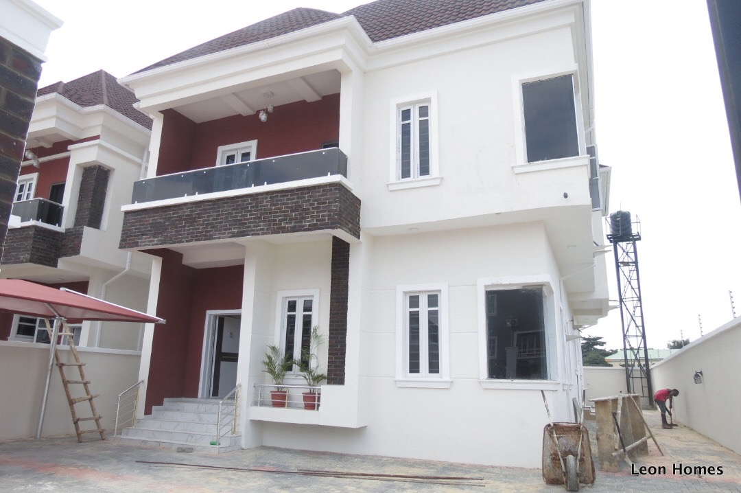 4 Bedrooms Semi-Detached Houses with 1 Room BQs located ...