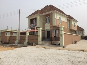 5 Bedrooms Fully-Detached Houses located around Chevron Alternative Route